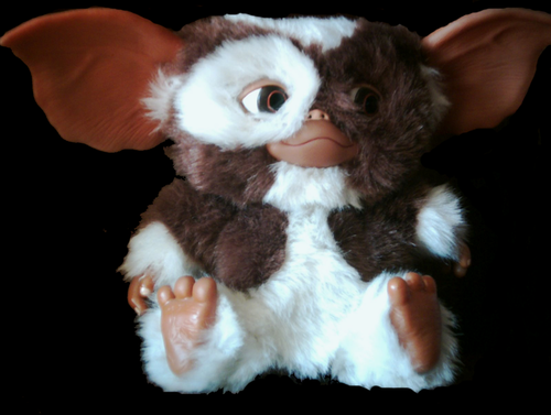 "Gizmo - Dancing Talking gremlin 12"" wide"