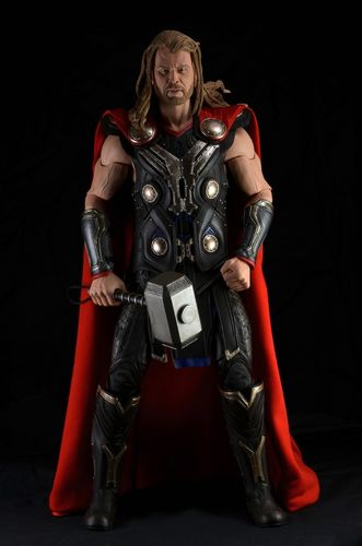 Thor 1/4 Scale Action Figure